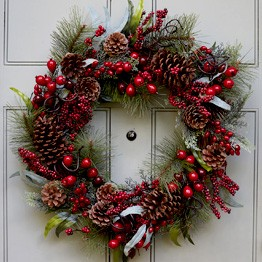 christmasarea_100816_wreathes